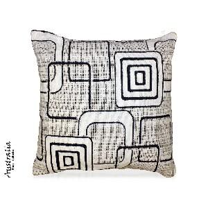 Decorative Arbor Throw Pillow in Black