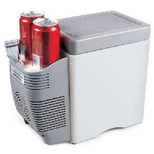 Roadpro 7 Liter 12V Cooler Warmer with Cup Holders