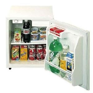 Summit S19L 18 Freestanding Compact Refrigerator